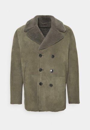 Zimní kabát - muddy beige