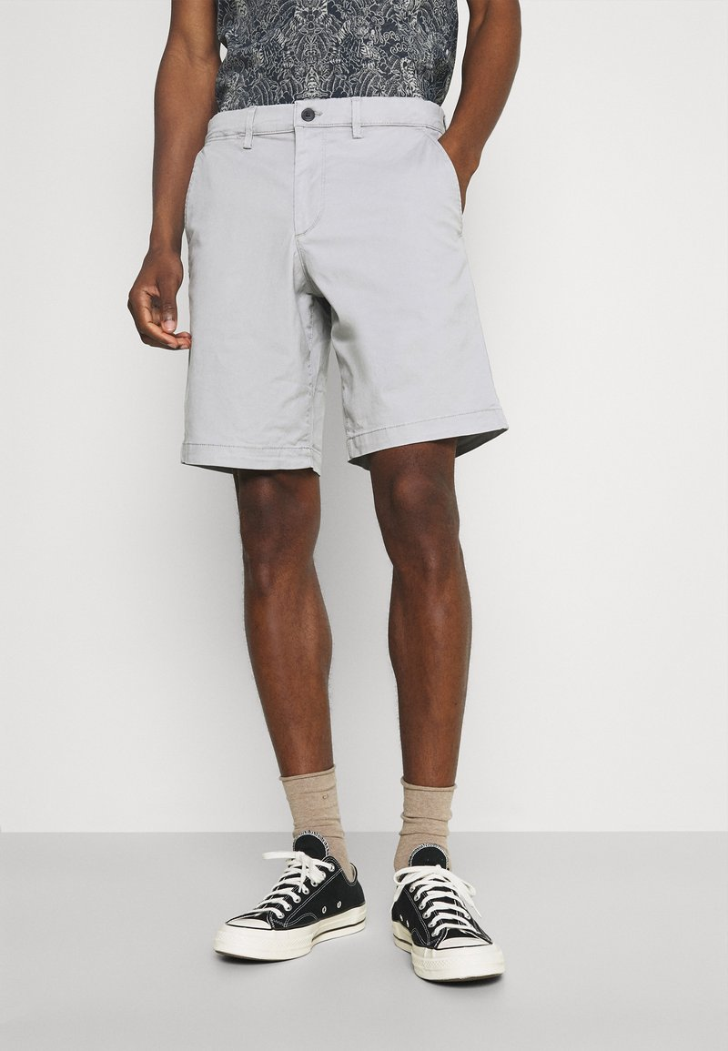 GAP - IN SOLID - Shorts - antique pewter