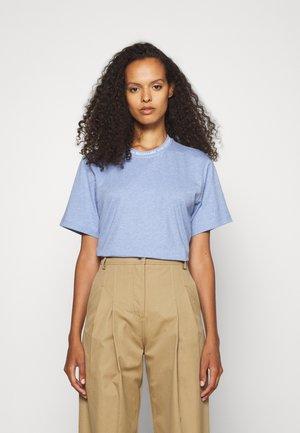 LOGO - T-Shirt print - pale blue melange