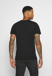 CLOSURE London - LION - Print T-shirt - black - 2