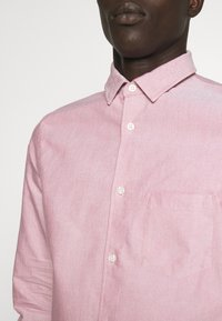 Filippa K - TIM OXFORD SHIRT - Shirt - pink cedar white mix - 5