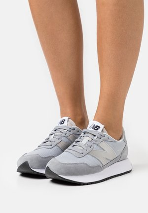 WS237 - Baskets basses - grey