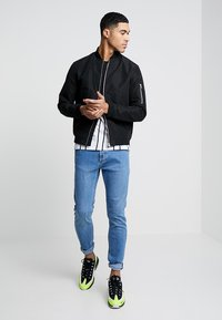 Jack & Jones - JJEDESERT - Bomber Jacket - black - 1