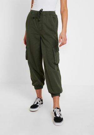 BAGGY RAFF TROUSER - Spodnie materiałowe - khaki