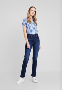 Levi's® - 724™ HIGH RISE STRAIGHT - Jeans straight leg - london bridge - 2