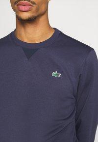 Lacoste Sport - TECH - Collegepaita - touareg chine/navy blue - 5