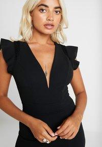 WAL G PETITE - Pouzdrové šaty - black - 6