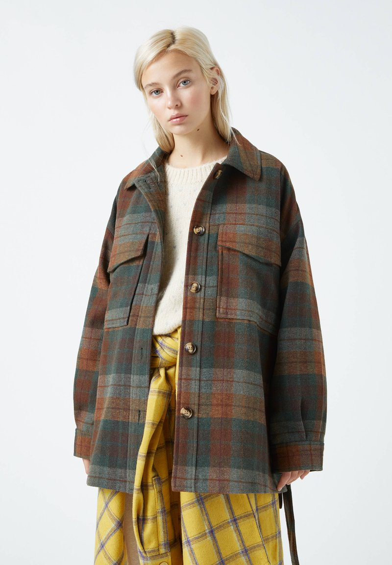 PULL&BEAR - Button-down blouse - green