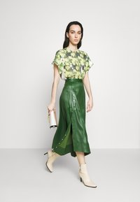 3.1 Phillip Lim - SKIRT WITH SIDE SNAP - Jupe trapèze - vetiver green - 1