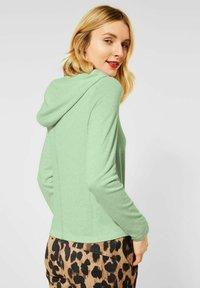 Street One - MIT KNOTEN - Long sleeved top - grün - 2