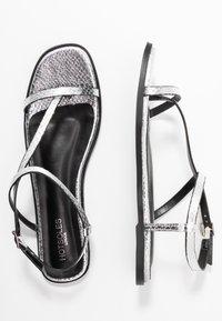 Hot Soles - Sandaler m/ tåsplit - silver - 3