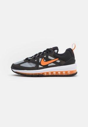 AIR MAX GENOME - Trainers - black/grey fog/white/total orange