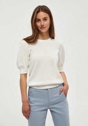 JOSSA  - Basic T-shirt - broken white