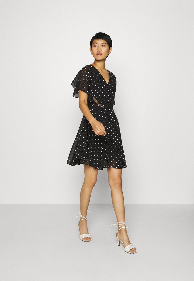 Guess - ELLA  - Day dress - black/white
