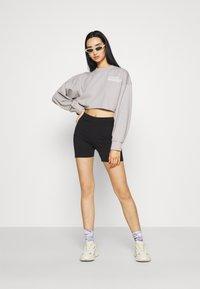 Missguided - CROPPED RAW HEM - Sweatshirt - light grey - 1