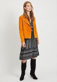 Vila - VICRIS - Leather jacket - golden oak - 1