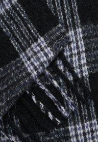 Moss Copenhagen - NOELA SCARF - Šála - black/grey - 1