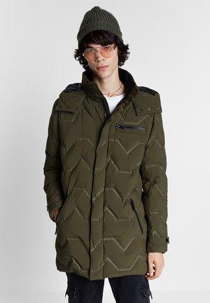Zimní bunda - green