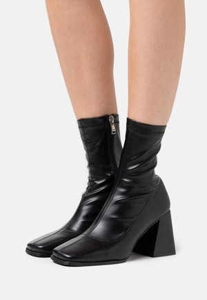 COZETTE - High heeled ankle boots - black