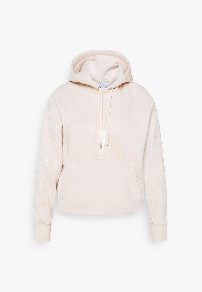 Calvin Klein Jeans - ECO HOODIE - Bluza z kapturem - soft cream