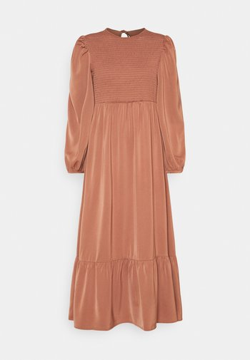 FLOWERBED DRESS