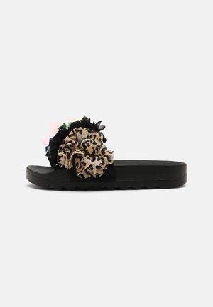 SLIDE MULTI FLOWERS - Mules - black