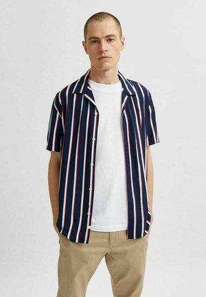 Camisa - navy blazer