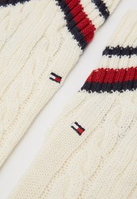 Tommy Hilfiger - LEG WARMERS CABLE - Leg warmers - off white - 2