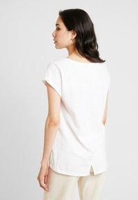 Esprit - LOGO LIBELL - Basic T-shirt - white - 2