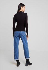 Noisy May - NMBERRY HIGH NECK - Stickad tröja - black - 2