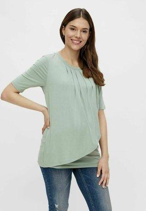 MLNEWBROOKLYN IRIS - Print T-shirt - jadeite