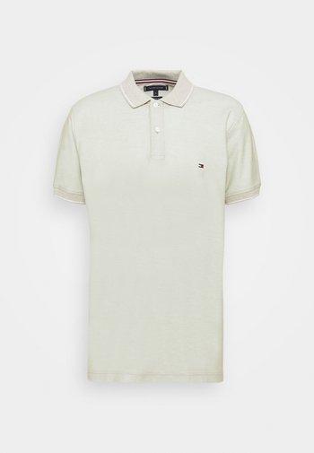 HONEYCOMB TIPPED REGULAR - Polo shirt - oxygen/camel