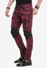 Cipo & Baxx - Jeans Skinny Fit - burgundy - 3
