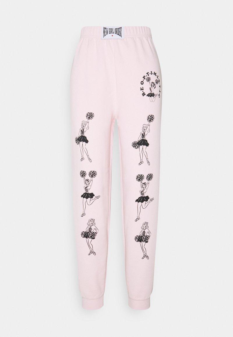 NEW girl ORDER - CHEERS - Pantalones deportivos - pink