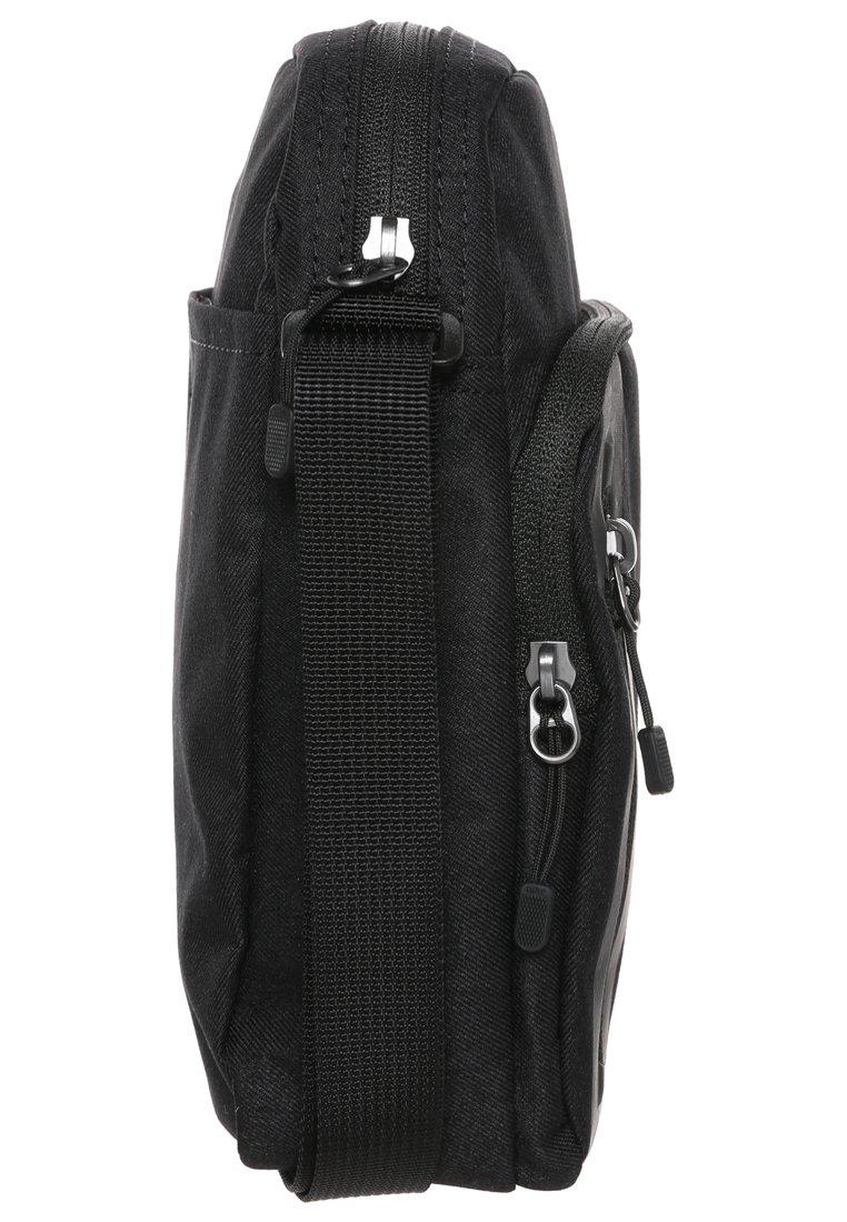 Nike Sportswear CORE SMALL ITEMS 3.0 Umhängetasche black/schwarz