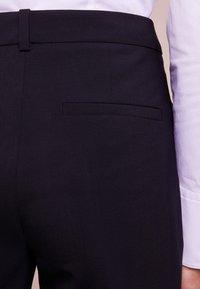 HUGO - HINASS - Kalhoty - dark blue - 4