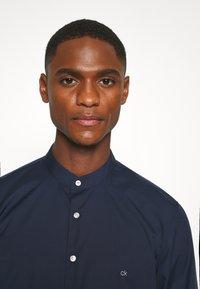 Calvin Klein Tailored - EASY IRON SLIM - Shirt - blue - 3
