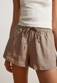 OYSHO - Shorts - brown - 0
