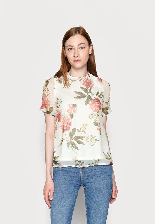 VMLUCCA - Camiseta estampada - beige