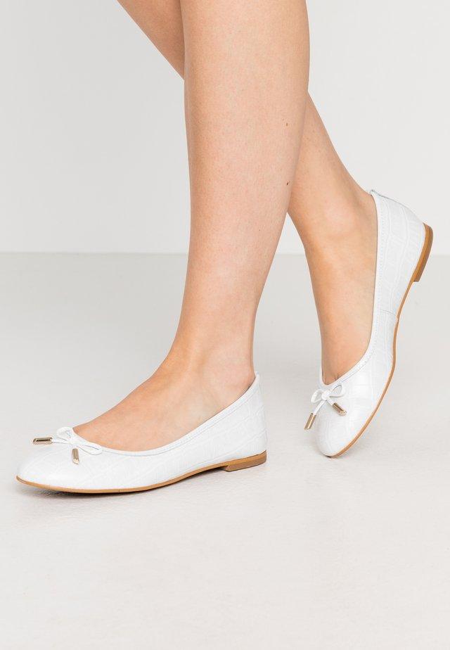 Ballerinat - blanc