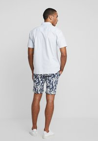 A fish named fred - Shorts - offwhite - 2