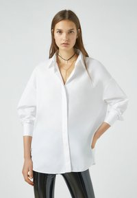 PULL&BEAR - Button-down blouse - white - 0