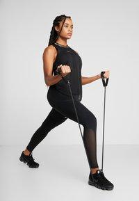 Casall - EXETUBE MEDIUM - Fitness / Yoga - black - 0