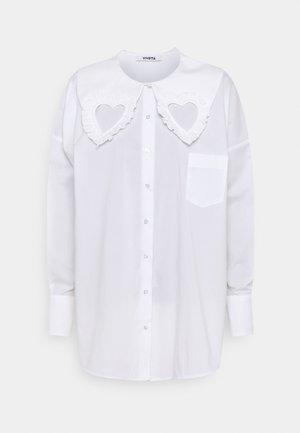 HEART BLOUSE - Button-down blouse - white