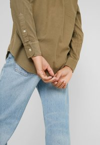 Polo Ralph Lauren - RELAXED LONG SLEEVE SHIRT - Button-down blouse - olive - 3