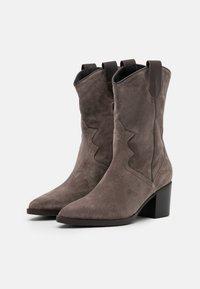 Maripé - Cowboy/Biker boots - taupe - 2