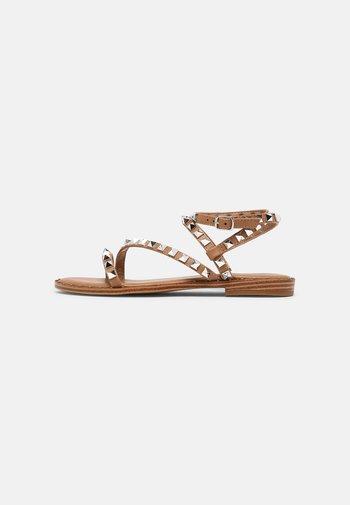 FLIGHT  - Sandals - tan/silver
