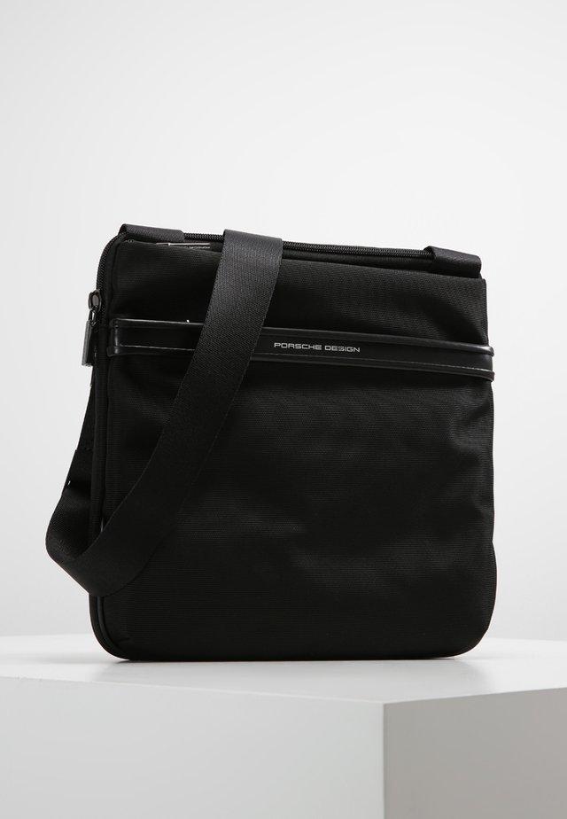 LANE - Across body bag - black