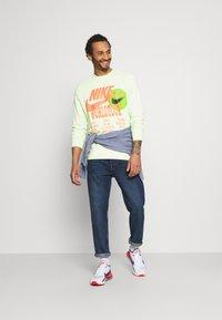 Nike Sportswear - Long sleeved top - liquid lime - 1