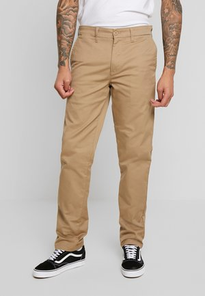 JOHNSON PANT LAMAR - Chino kalhoty - leather rinsed